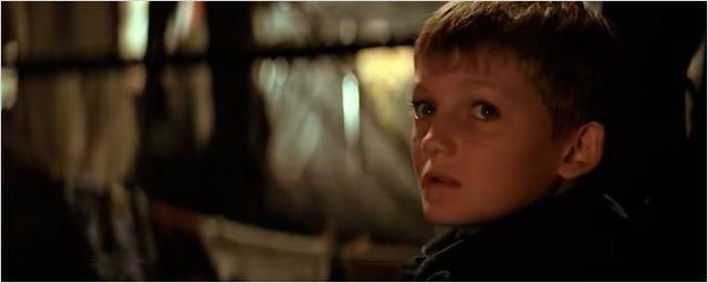 'Batman Begins': ¿Te diste cuenta de que Jack Gleeson aparece en el filme?