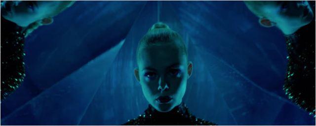 'The Neon Demon': Primer tráiler de lo nuevo de Nicolas Winding Refn con Elle Fanning