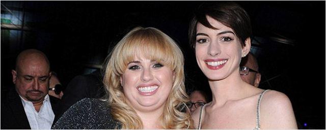 'Un par de seductores': Anne Hathaway podría unirse a Rebel Wilson en el remake de esta película de Steve Martin