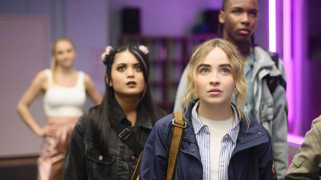 Sabrina Carpenter y Netflix desarrollarán una versión musical de 'Alicia en el País de las Maravillas'