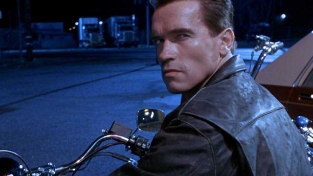 """Arnold Schwarzenegger se ha vacunado de la COVID: """"Únete a mí si quieres vivir"""""""