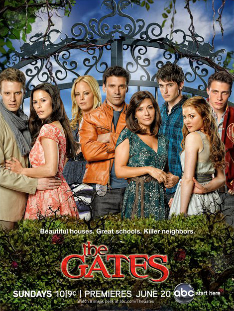 The Gates. Ciudad de vampiros : Foto Chandra West, Colton Haynes, Frank Grillo, Luke Mably, Marisol Nichols