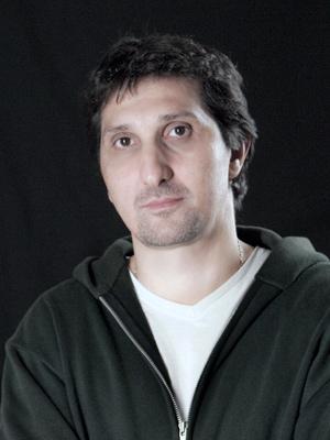 Cartel Gustavo Hernandez