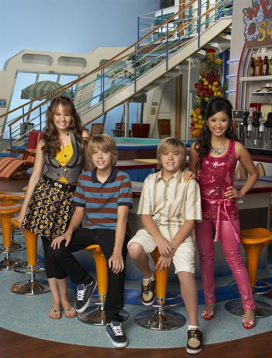 Todos a bordo : Foto Brenda Song, Cole Sprouse, Debby Ryan, Dylan Sprouse
