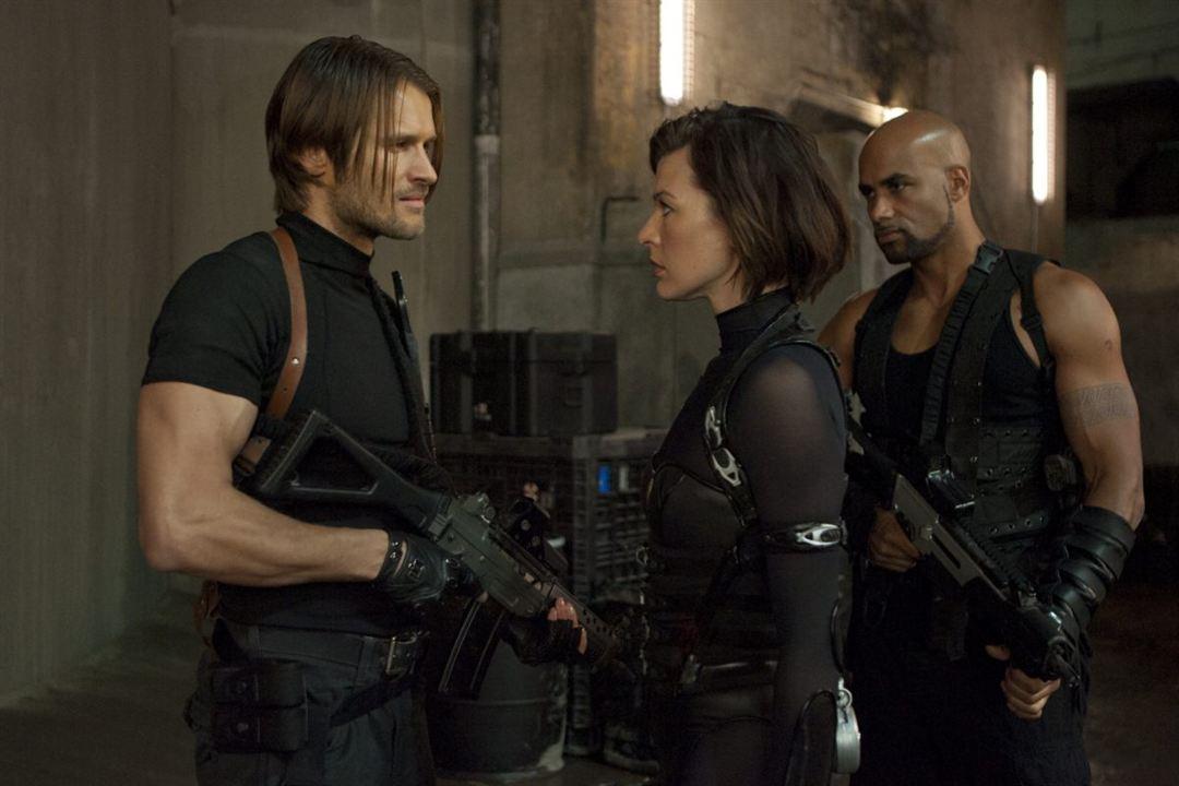 Resident Evil: Venganza: Boris Kodjoe, Johann Urb, Milla Jovovich