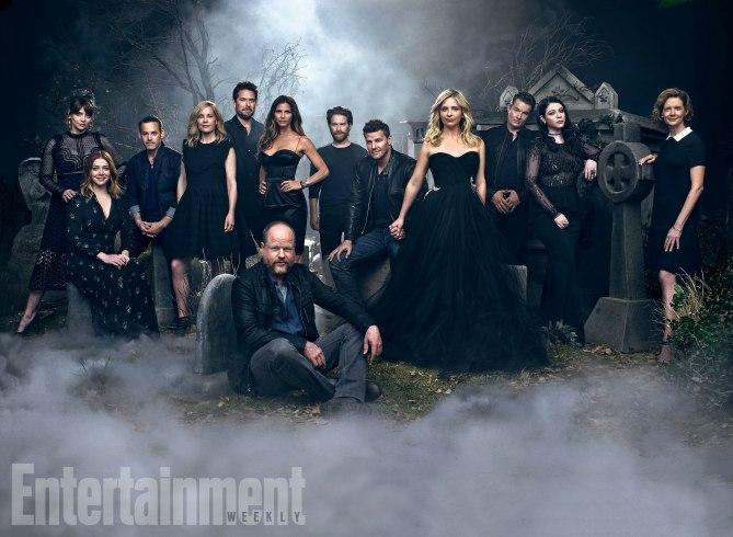 Todo el reparto de 'Buffy Cazavampiros' junto a su creador Joss Whedon