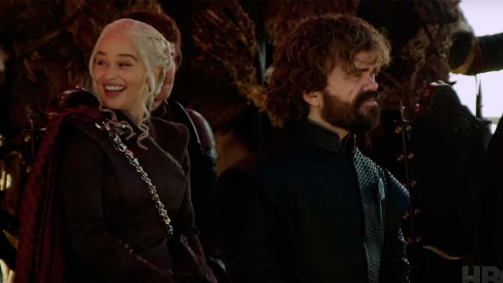 ¿Hay alguien más alegre que Emilia Clarke?