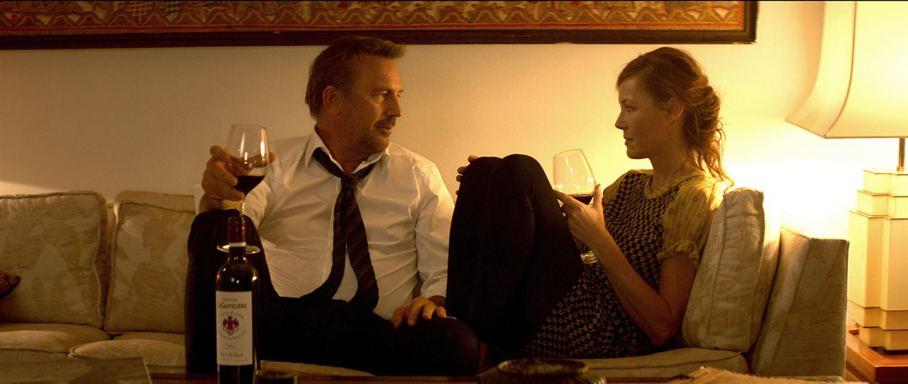 3 días para matar: Kevin Costner, Connie Nielsen