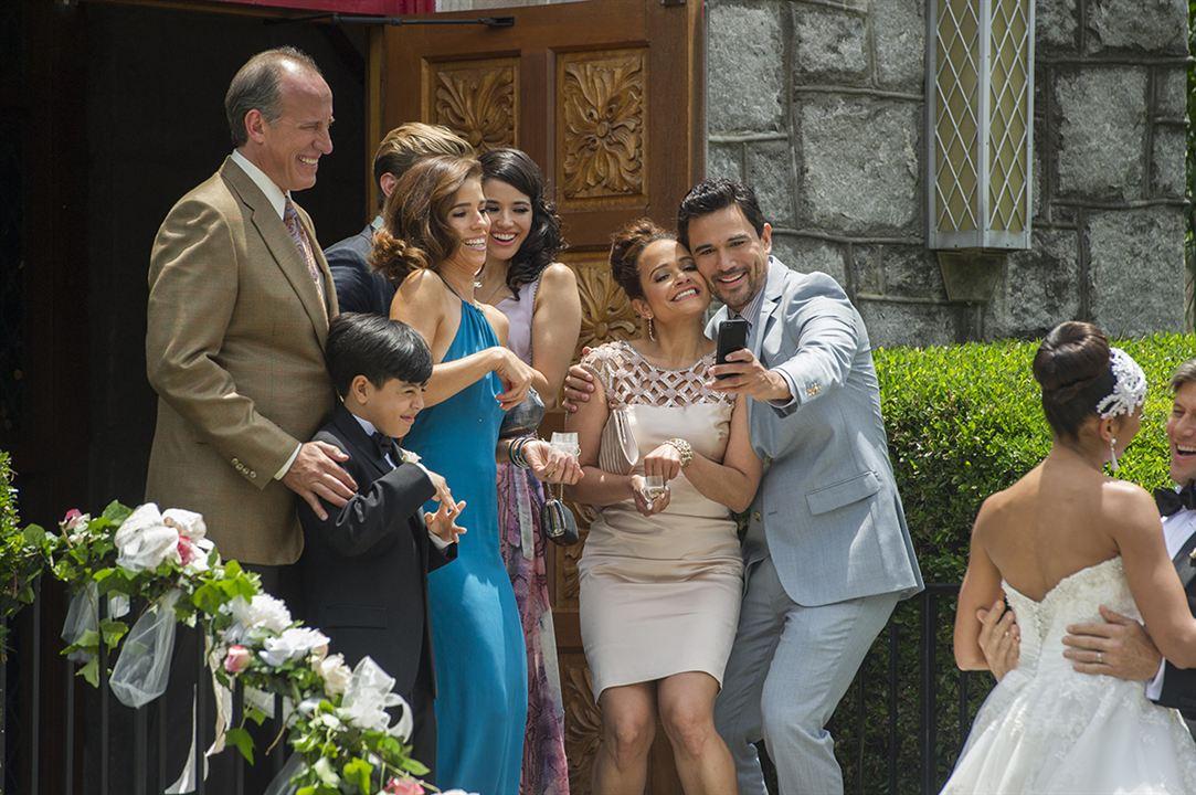 Foto Alex Fernandez, Ana Ortiz, Dania Ramirez, Edy Ganem, Grant Show