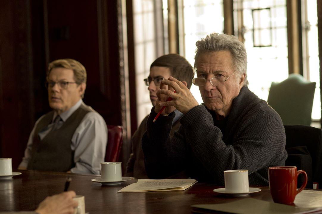El coro : Foto Dustin Hoffman, Eddie Izzard, Kevin McHale