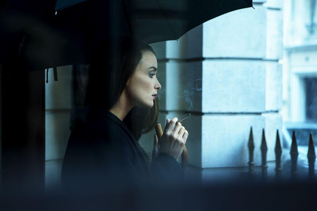 Iris: Charlotte Le Bon