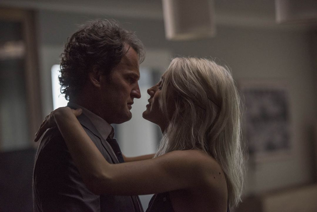 All I See Is You: Jason Clarke, Blake Lively