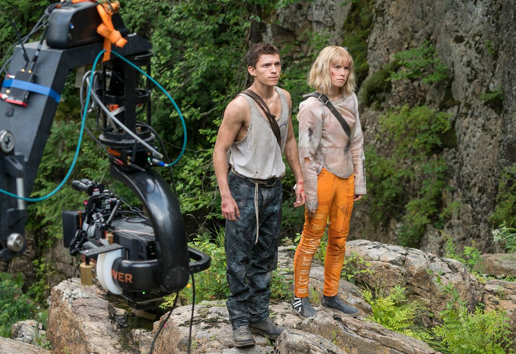 Foto de Tom Holland - Chaos Walking : Foto Daisy Ridley, Tom Holland -  SensaCine.com