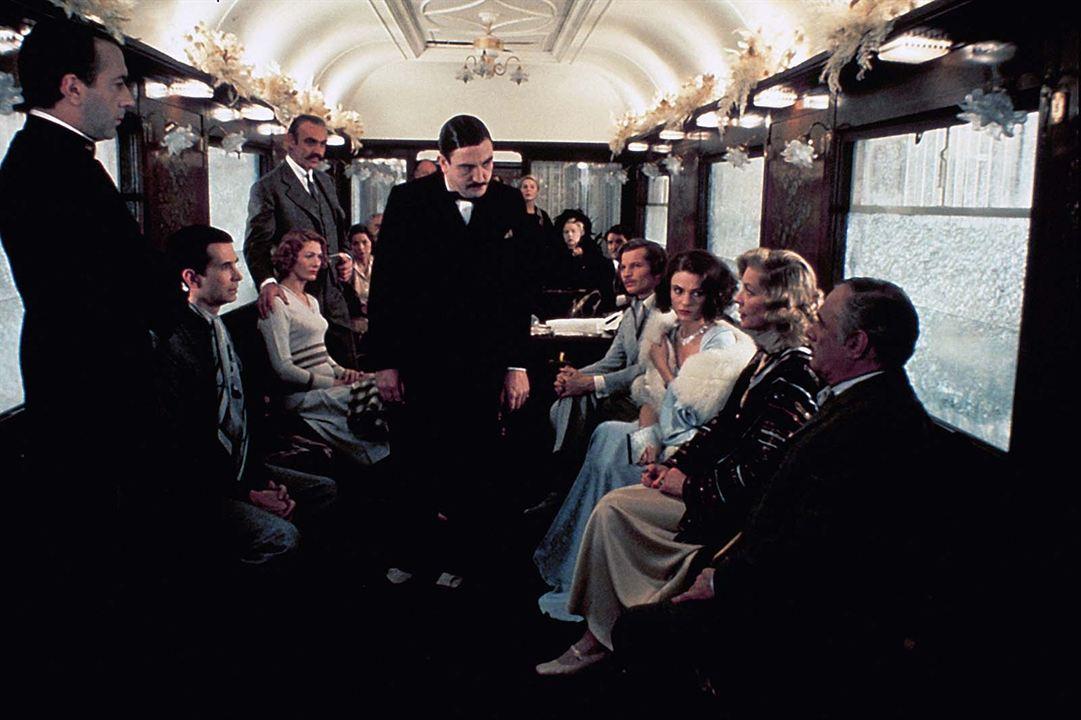 Asesinato en el Orient Express: Ingrid Bergman, Sean Connery, Jacqueline Bisset, Albert Finney, Lauren Bacall