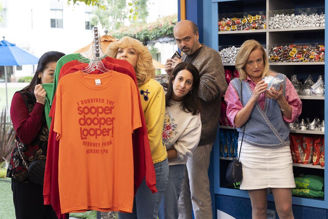 Foto Jennifer Irwin, Scott Adsit, Suzy Nakamura, Wendi McLendon-Covey