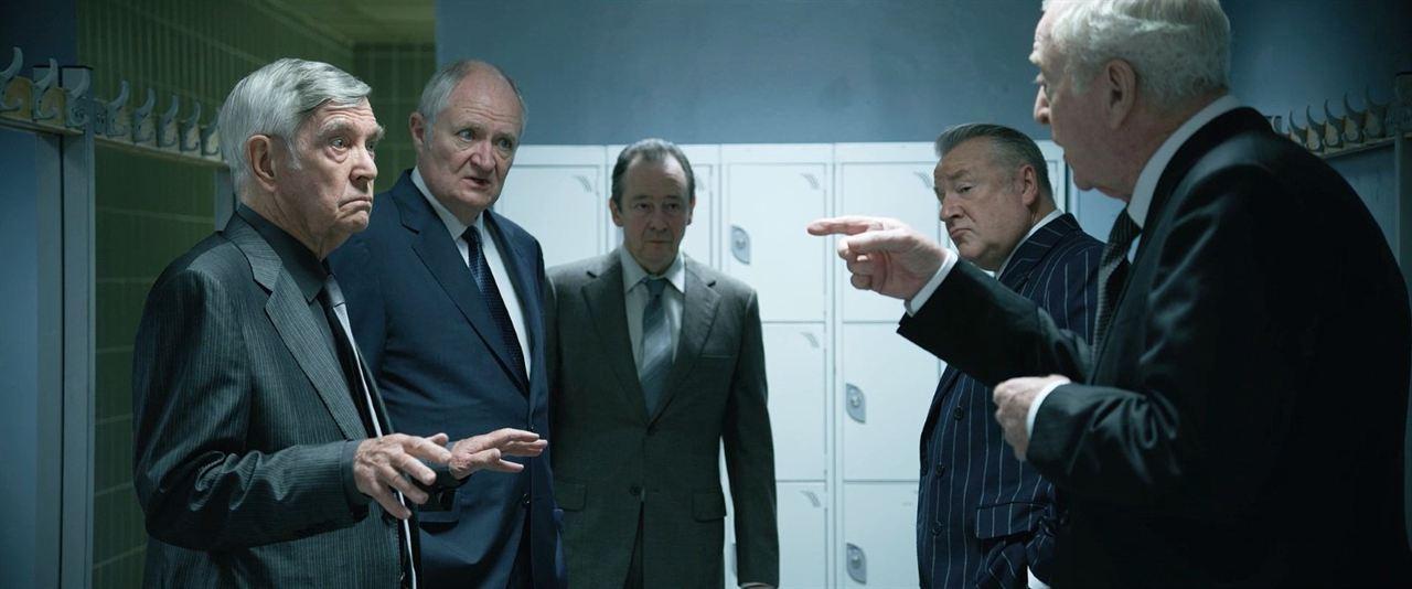 Rey de ladrones: Ray Winstone, Michael Caine, Jim Broadbent, Tom Courtenay, Paul Whitehouse
