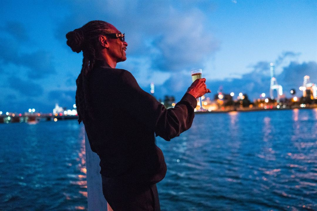 The Beach Bum: Snoop Dogg