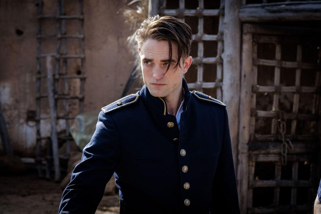 Waiting For The Barbarians : Foto Robert Pattinson